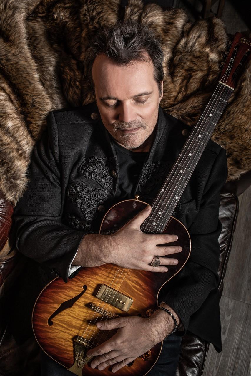 Billetterie 2020 Guitares au Beffroi Axel Bauer